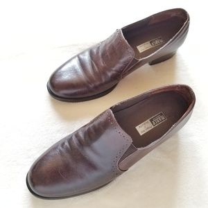 Munro American Slip On Oxford Style Loafers 8.5
